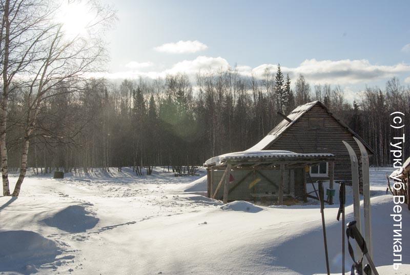 Турклуб «ВЕРТИКАЛЬ» идет в лыжный поход по Таганаю (Южный Урал)